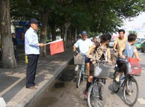 hombre semaforo en china